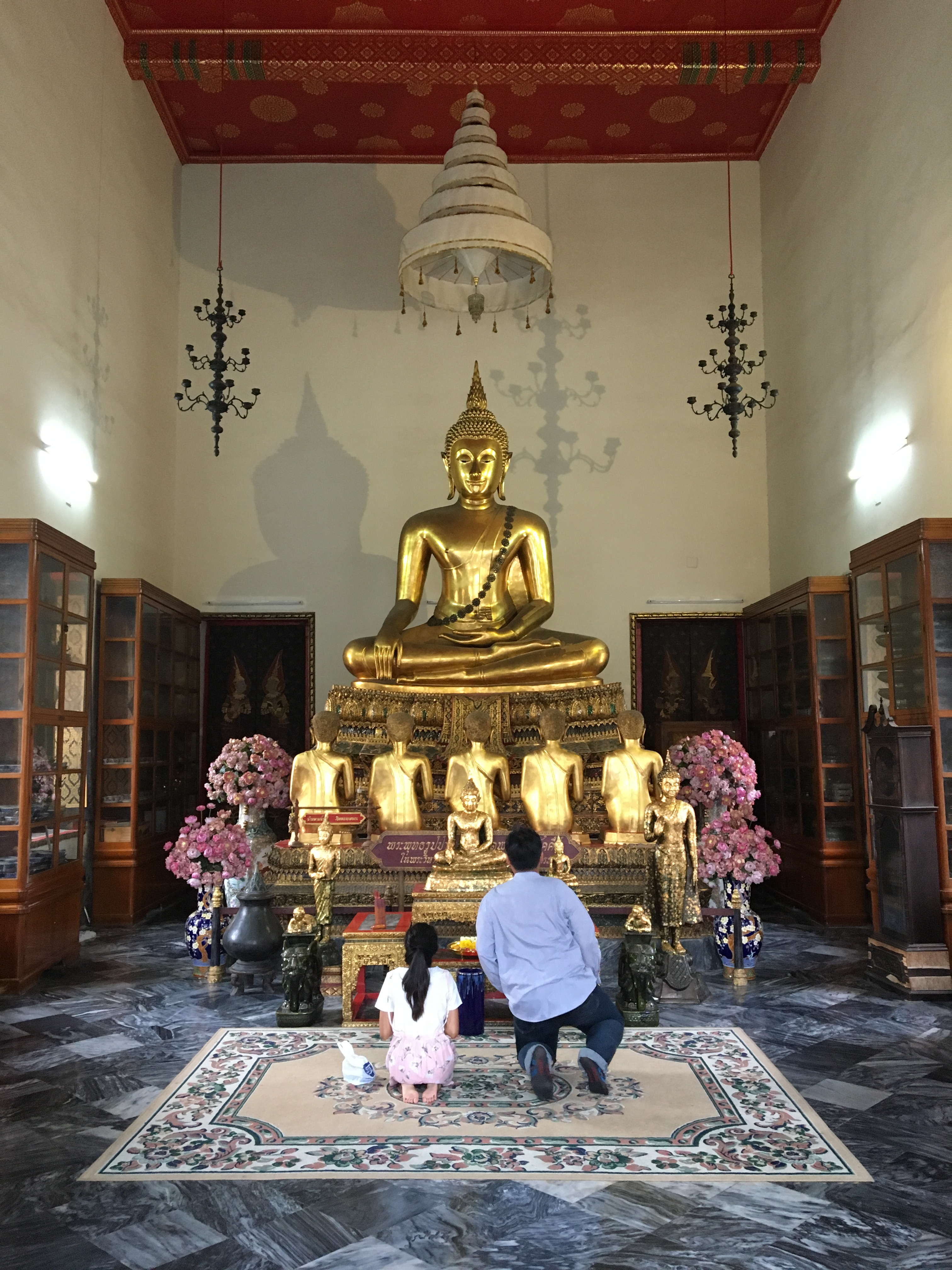 Praying to Buddha