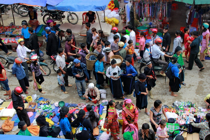 Hoang Su Phi market in Ha Giang