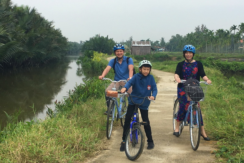 Cycling in Hoian